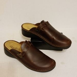 NAOT leather clogs women's shoes size 11